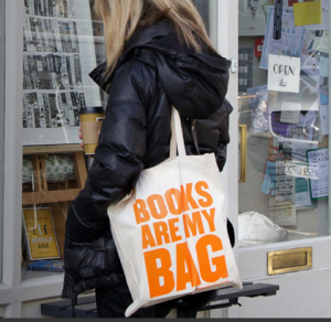 books_bag_02